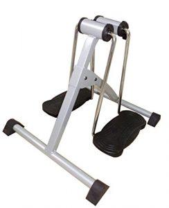 Neu im Jahr 2016 – Faltbarer Dual Swing Exerciser – Einfaches, sanftes Training der Arme und Beine auf jedem Stuhl – Schmerzen lindern, Muskeln dehnen, gelenkiger werden, Beweglichkeit der Gelenke verbessern und Durchblutung ankurbeln: mit entspannenden, schwingenden Bewegungen, die sich zur Rehabilitation der Arme, Beine, Knie oder Knöchel eignen und steife Gelenke lockern – Machen Sie stärkende Übungen bequem zu Hause – Rutschfeste Matte inklusive.