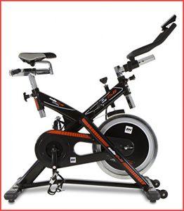 BH Fitness SB2.6 H9173 Indoorbike, Indoorcycling mit 22 kg Schwunggewicht, PolyV-Riemen, SPD-Trekking-Pedale