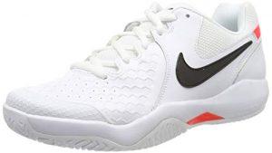 Nike Herren Air Zoom Resistance Tennisschuhe, Mehrfarbig (White/Black-Bright Crimson 105), 44.5 EU